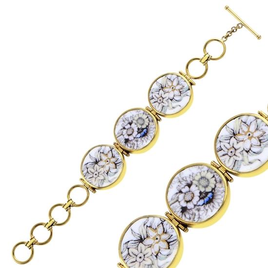 Ürün resmi: Altın Kaplama Çiçek Desenli Seramik Gümüş Bayan Bileklik