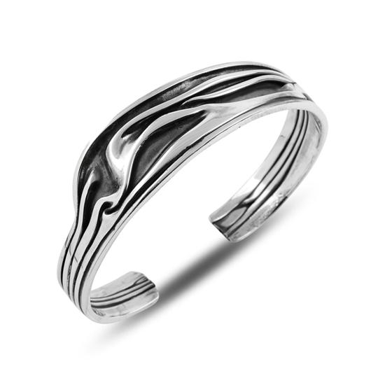 Ürün resmi: Taşsız Altı Açık Buruşuk Gümüş Bilezik