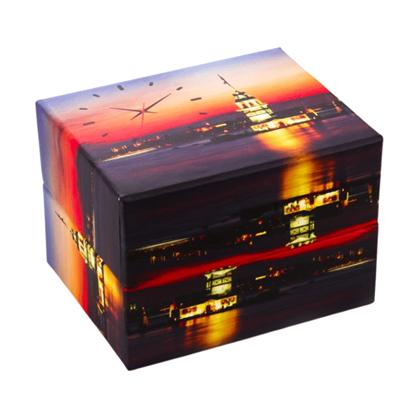Resim Gece Kız Kulesi Desenli Yastıklı Saat ve Bileklik Karton Hediye Kutusu